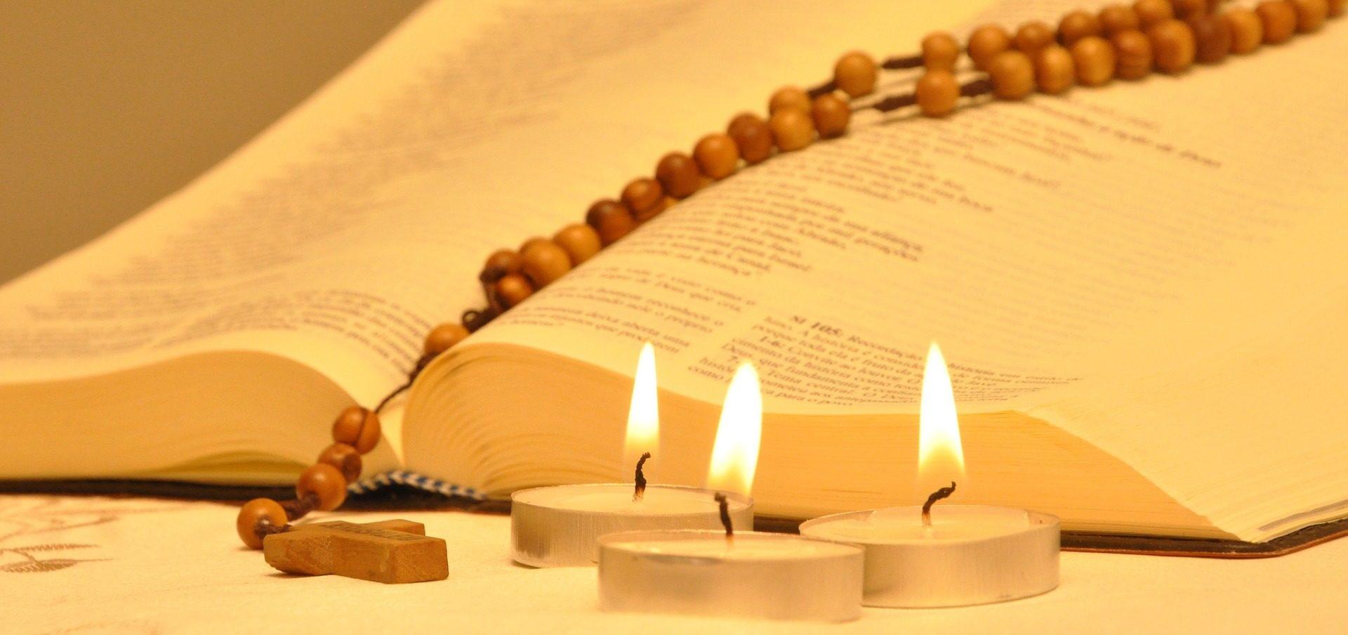 Setembro é o mês da Bíblia - veja como homenagear o livro