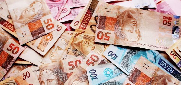 banho para atrair a prosperidade financeira