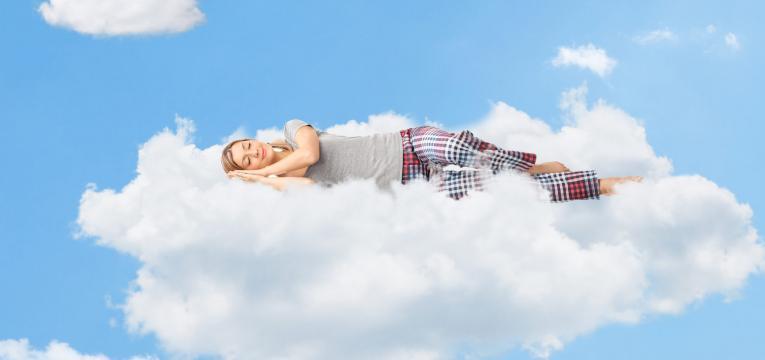 0ac8ba833 Sonhar que está voando? Saiba o que isso significa - WeMystic Brasil