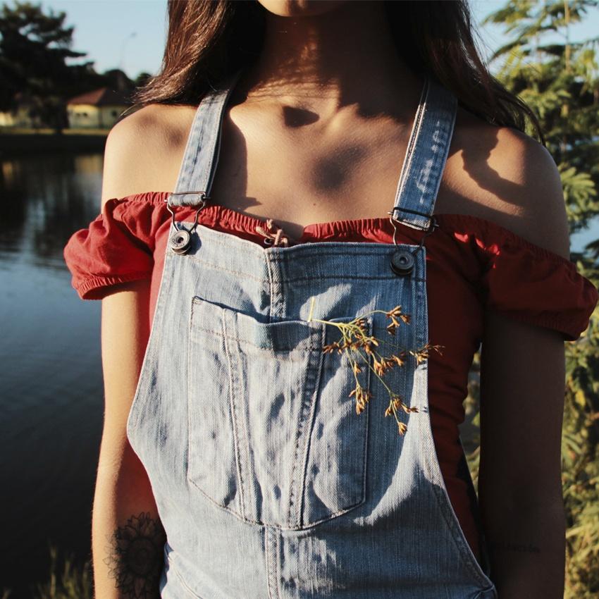 Peça Coringa_Jardineira Jeans