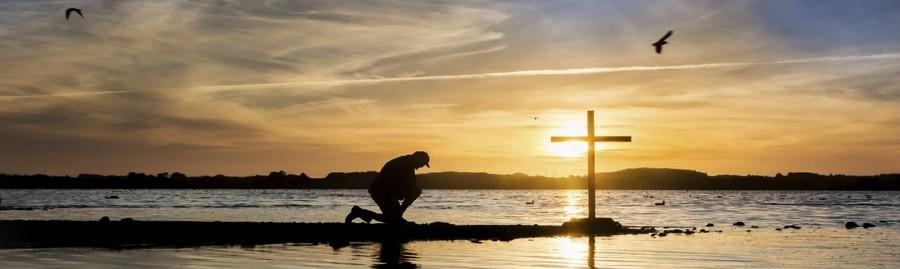 Excepcional Oração do Credo: conheça a Oração do Creio completa - WeMystic Brasil OZ27