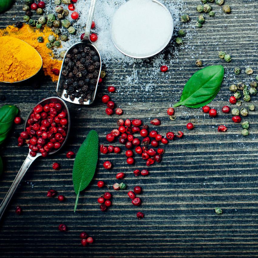 2- Pimenta e manjericão