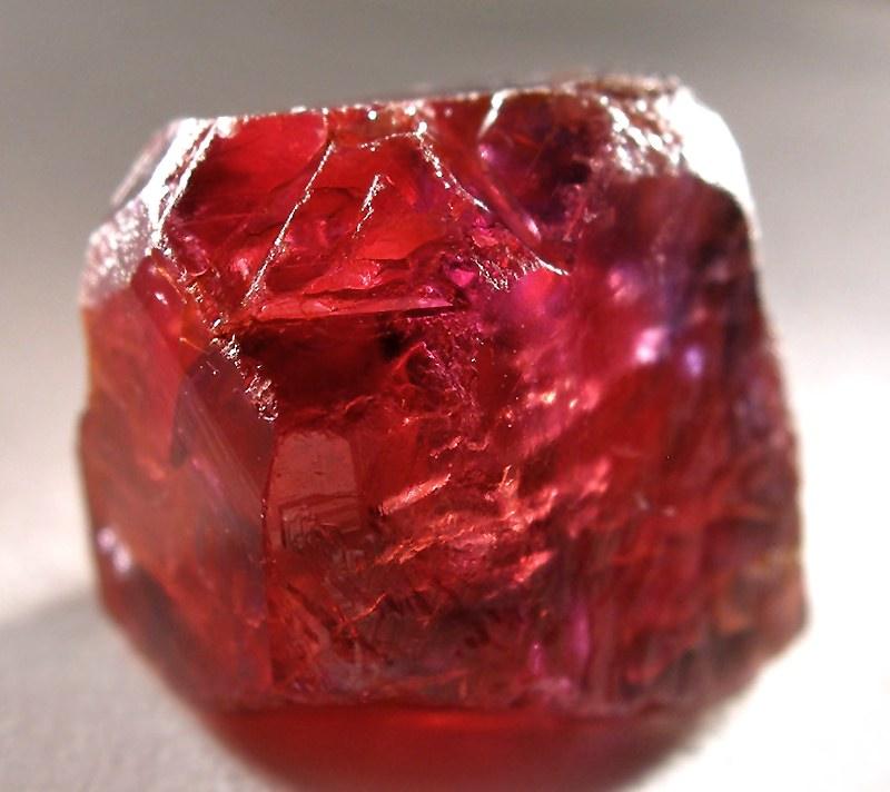 horóscopo das pedras: Rubi